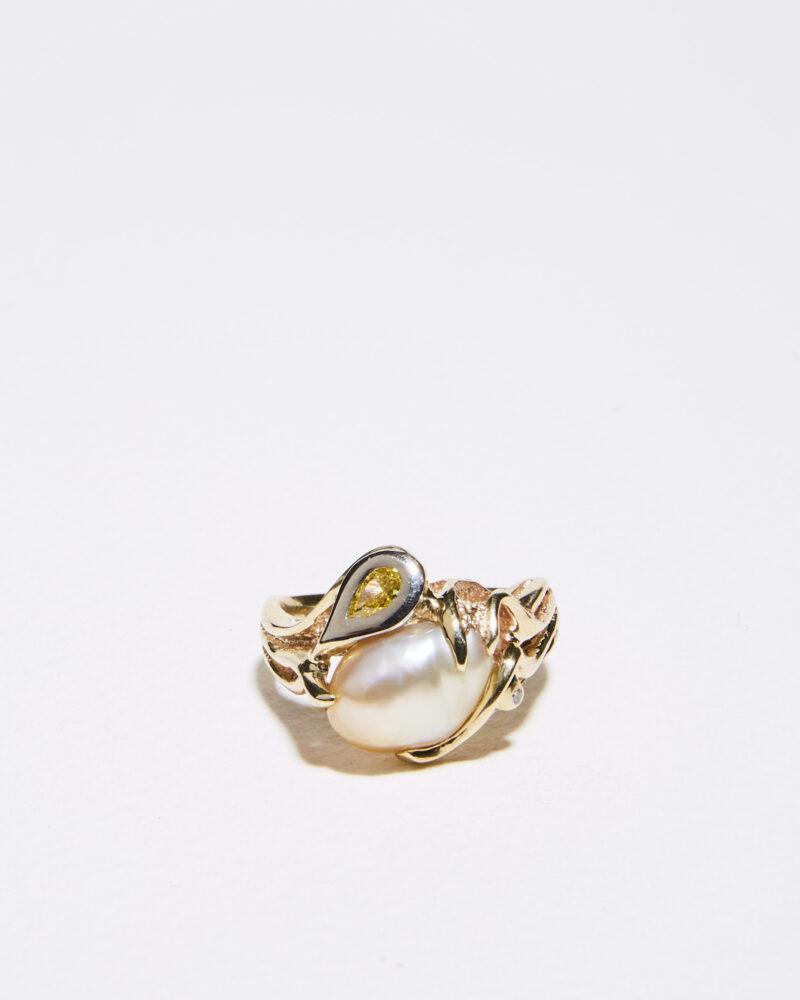 yellow diamond and keshi pearl ring