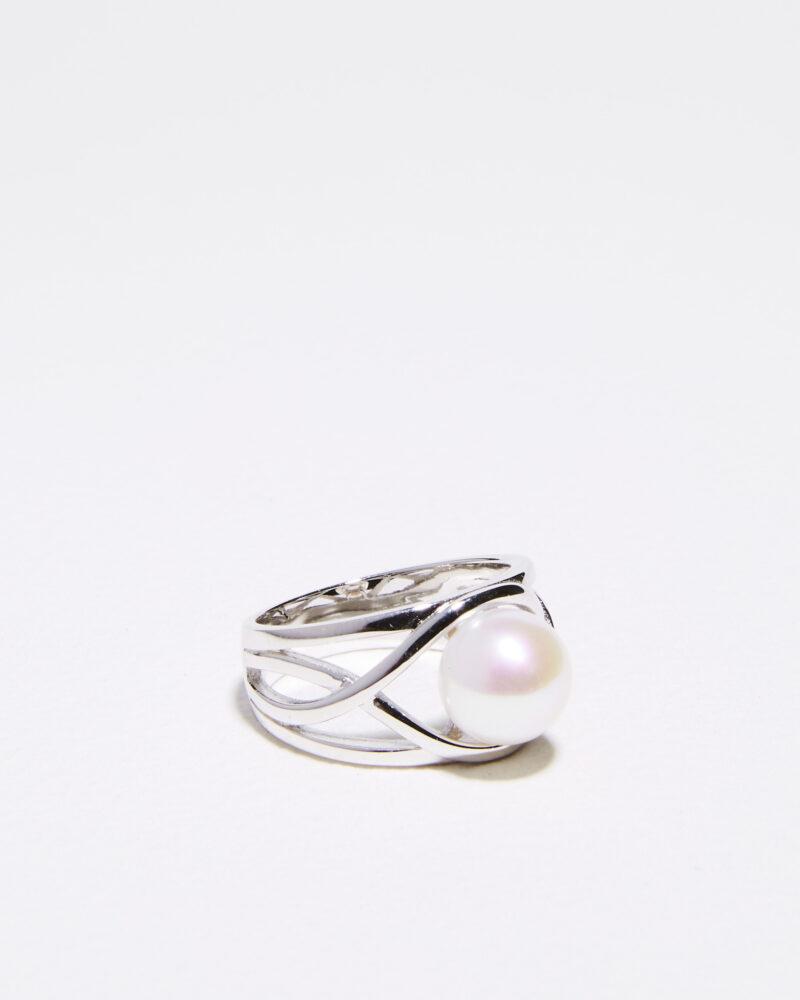 wavy band pearl ring