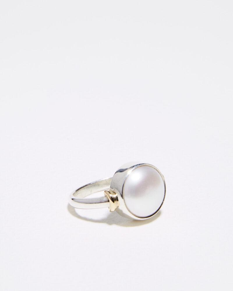 large pearl Jake ring